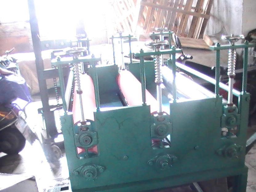 三组滚筒压平机